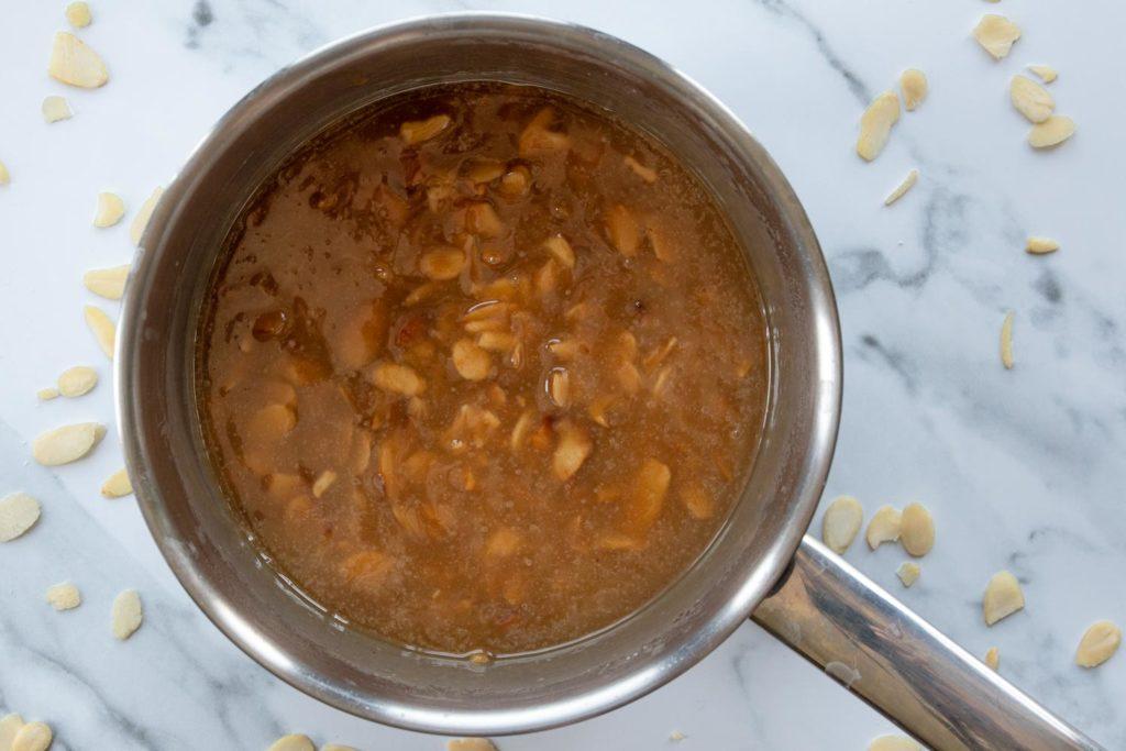 almond caramel topping