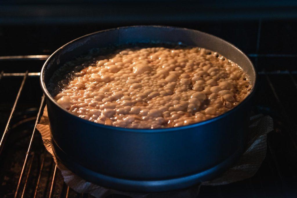bake the almond caramel topping