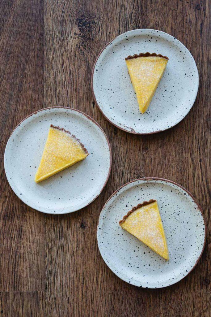 slices of tarte au citron