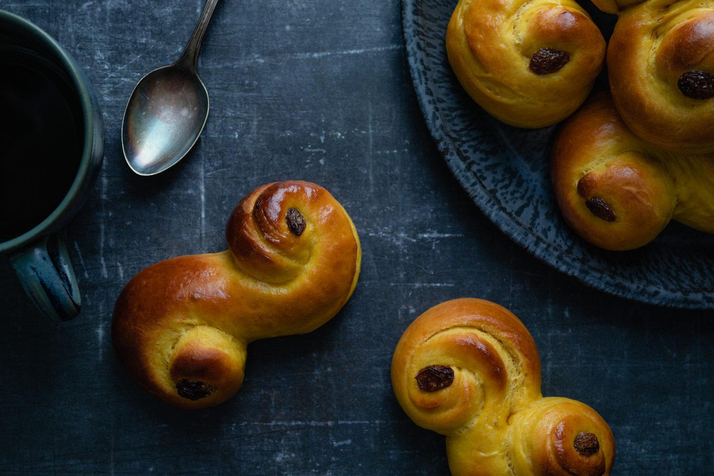 lussekatter swedish saffron buns
